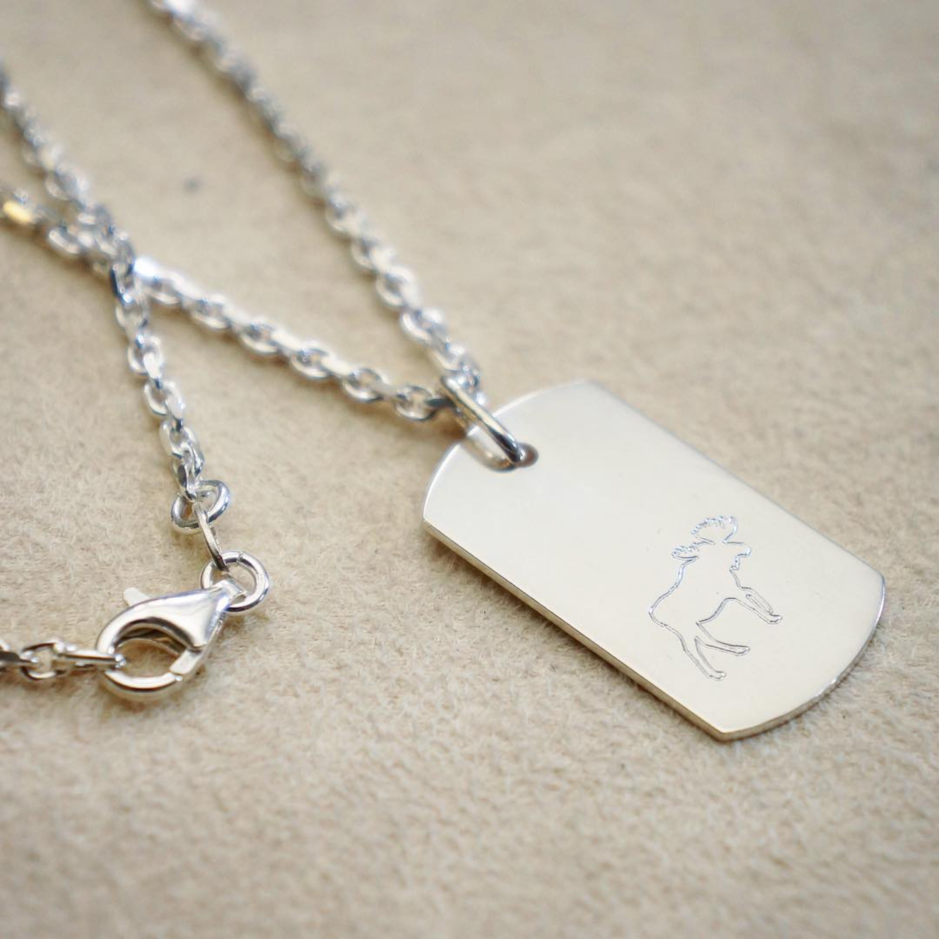 DOG TAG WITH MOOSE